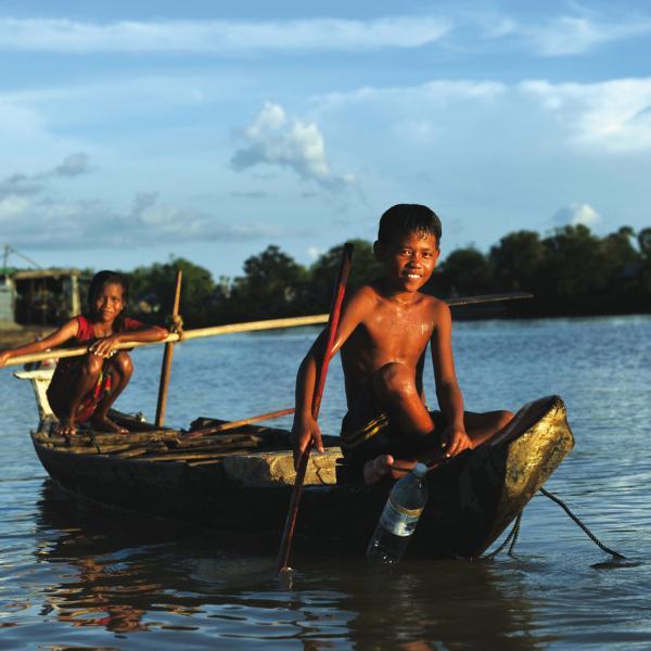 Rencontres khmères, Angkor et lac Tonlé sap : voyage solidaire Vision du Monde