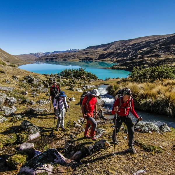 Pérou, Tour de l'Ausangate et traversée de Ccalangate : voyage solidaire Vision du Monde