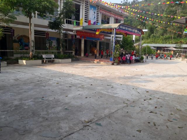 Achat de matériel pour l'école primaire de Ban Luoc - photo 2 - Vision du Monde