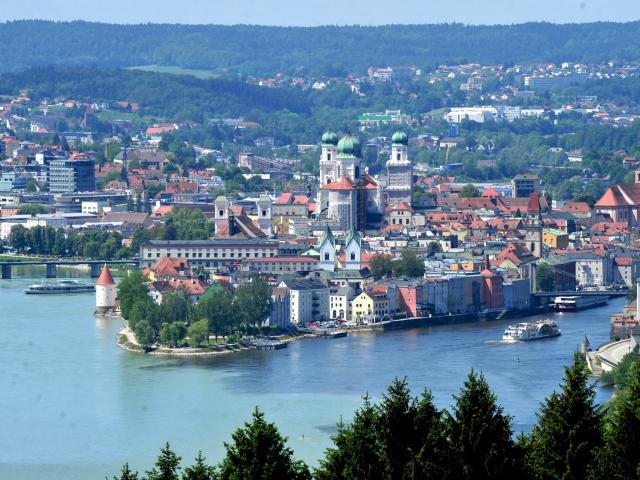 Les rives du Danube à vélo : voyage solidaire Vision du Monde