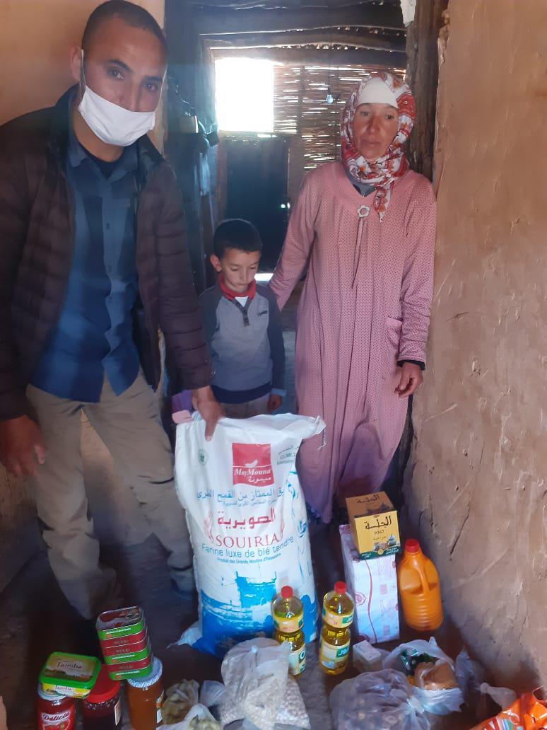 Aide alimentaire pour les familles du village d'Ibakaliwane-covid-19 - Vision du Monde