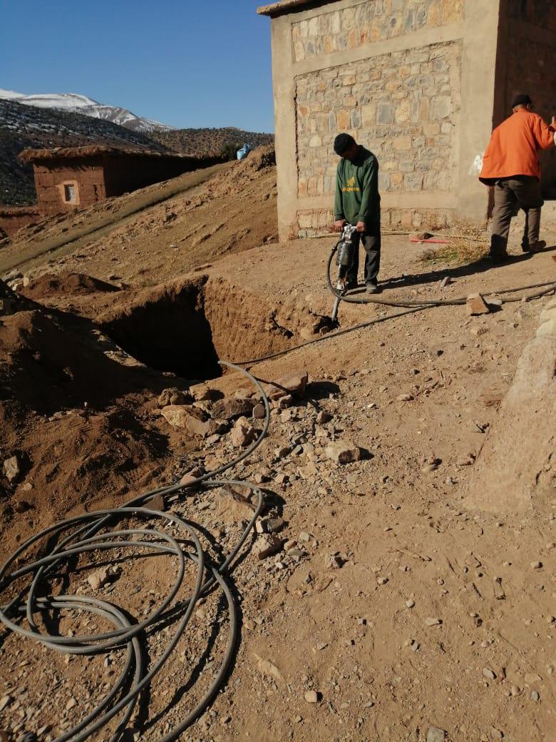 Rénovation des toilettes de l'école primaire d'Ibakaliwane - Vision du Monde