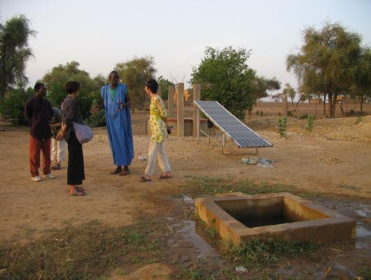 Action solidaire par Vision du Monde : Rachat d'une pompe solaire pour le village de Thilla